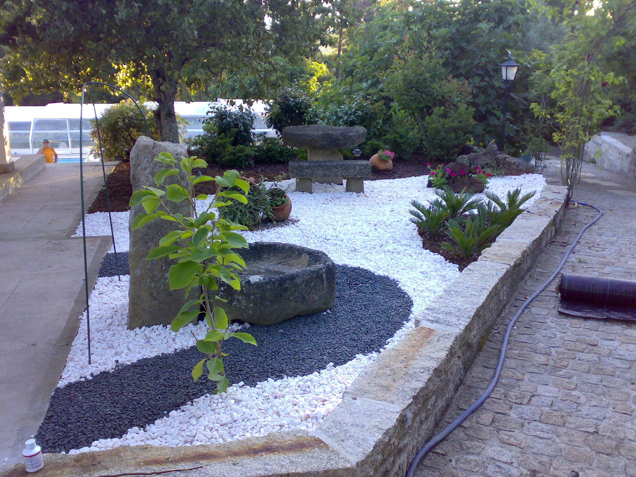 pedra miracema jardim:Personalize o seu Jardim com a nossa oferta de Pedras Decorativas.